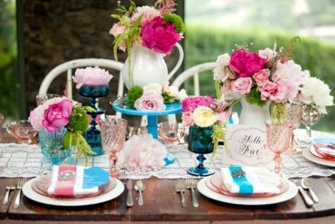 1 spring-decorations-on-the-table-33-ideas-for-fun-floral-arrangements-3-246