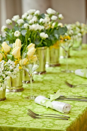 1 stylish-spring-table-settings-6