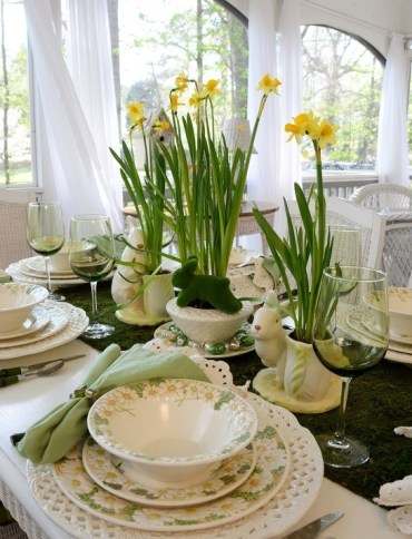 2 stylish-spring-table-settings-56