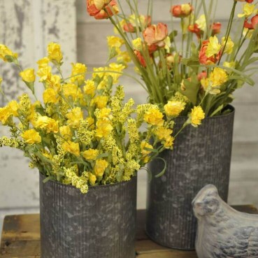 27-rustic-farmhouse-spring-decor-ideas-homebnc