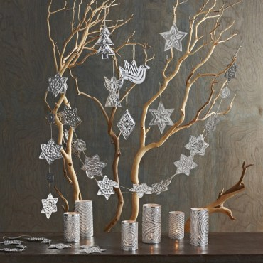 40.-twig-tree-with-silver-ornaments