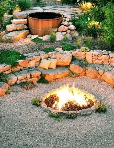 55-awesome-backyard-fire-pit-ideas-for-comfortable-relax-52