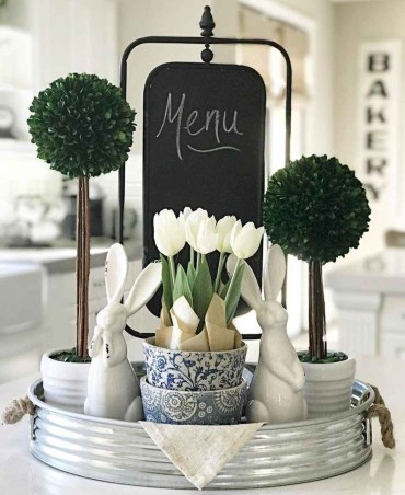68-catchy-farmhouse-spring-decor-ideas
