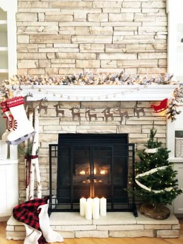 Classic-christmas-mantel-768x1024
