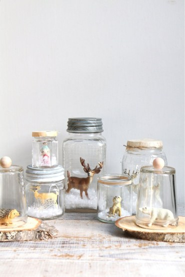 Creative-diy-snow-globe-mason-jars-ideas-21