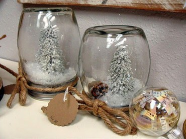 Creative-diy-snow-globe-mason-jars-ideas-65