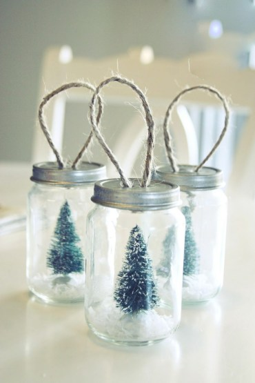 Creative-diy-snow-globe-mason-jars-ideas-78_edited
