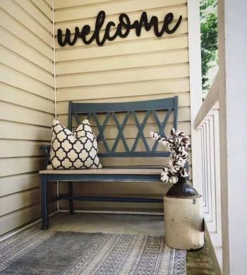 Farmhouse-style-porch-decorating-ideas-11-1-kindesign