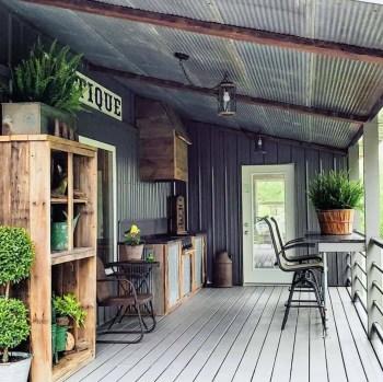 Farmhouse-style-porch-decorating-ideas-15-1-kindesign