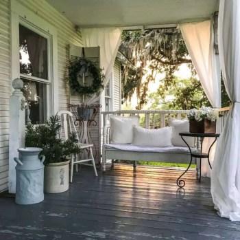 Farmhouse-style-porch-decorating-ideas-27-1-kindesign