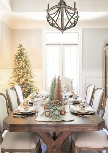 Gorgeous-christmas-table-setting-ideas-06-1-kindesign-1