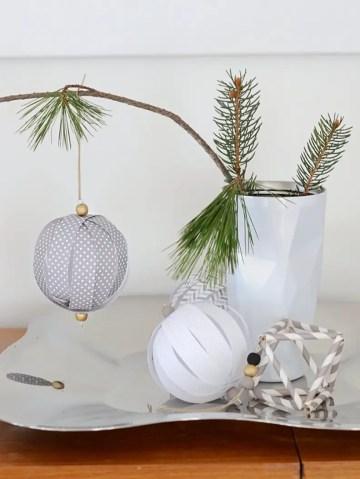 Paper-ball-ornaments.