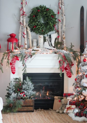 Red-christmas-mantel-727x1024