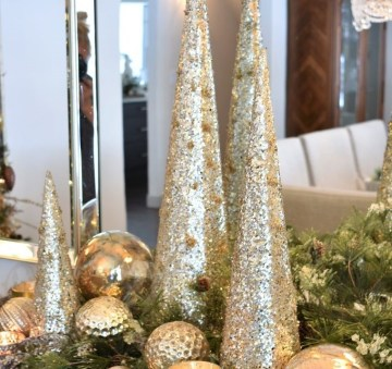 Silver-and-gold-glam-christmas-centerpiece-2-685x1024-1