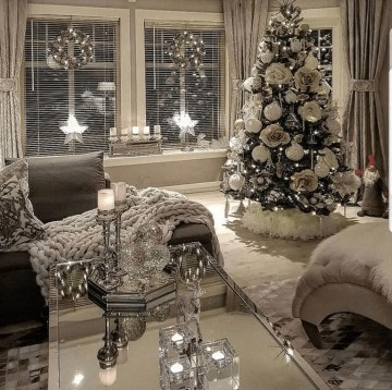 Stunning-white-christmas-tree-ideas-to-decorate-your-interior-42