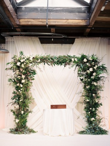 Chic-greenery-wedding-chicago-09