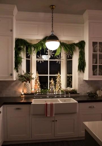 Christmas-kitchen-sunnyside-up-7