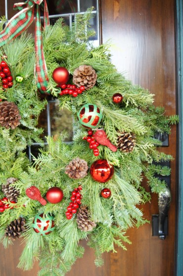 Diy-evergreen-christmas-decorations-to-try-9