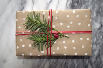 Diy-stamped-wrapping-paper