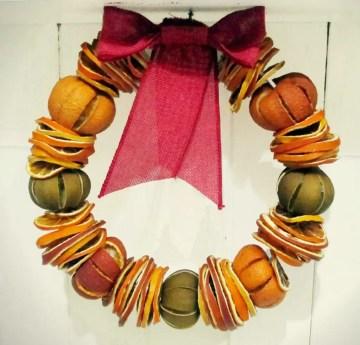 Dried_fruit_wreath_diy-1024x980