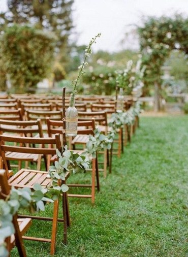 Eucalyptus-garland-for-ddecorating-wedding-aisle