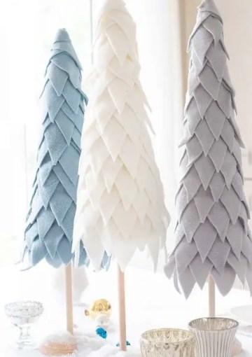 Fleece-christmas-tree-427x640-1