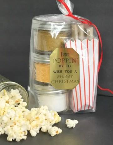 Gourmet-popcorn-gift-with-mason-jars