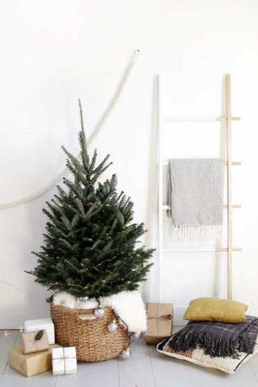 Minimal-christmas-decor-1574374699