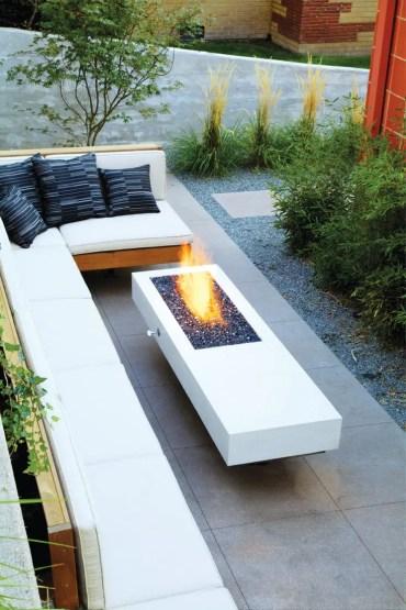 Modern+minimalist+backyard+fire+pit