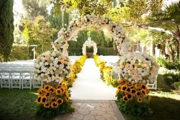 Outdoor-wedding-ideas-718x478