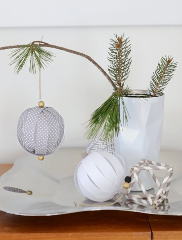 Paper-ball-ornament-diy