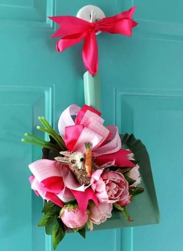 Repurposed-spring-wreath-700