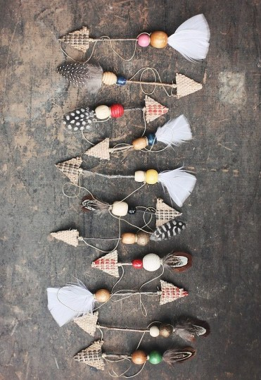 Rustic-christmas-decorations-13-arrow-1596745230