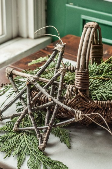 Rustic-christmas-decorations-14-twig-1596745231