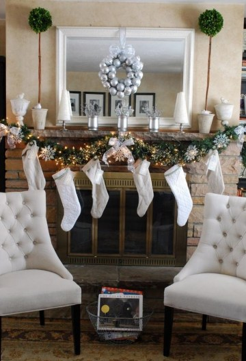 White-christmas-mantel-decoration-chic-decor-ideas-garland-stockings