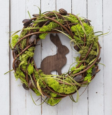 03-rustic-easter-and-spring-decoration-ideas-homebnc