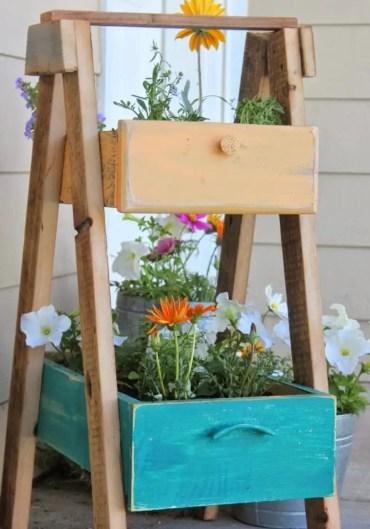 1 15-best-spring-planter-ideas-designs-decor-homebnc