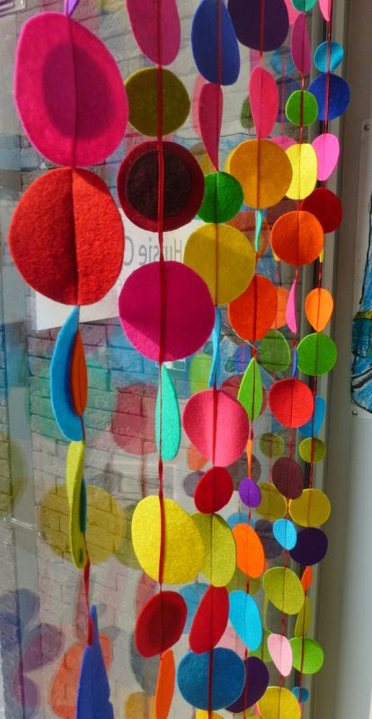 12-window-decorating-diy-ideas