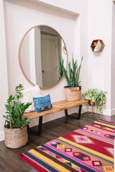 61-small-entry-decor-ideas