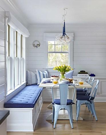 Coastal-breakfast-nook-cushioned-bench-1