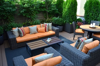 Elegant terrace garden with daunting landscape design to welcome spring 2