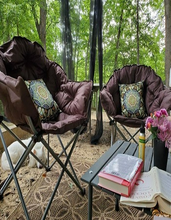 Get an outdoor rug Good-Looking Campsite And Patio Decorating Ideas For All Types Of RVers