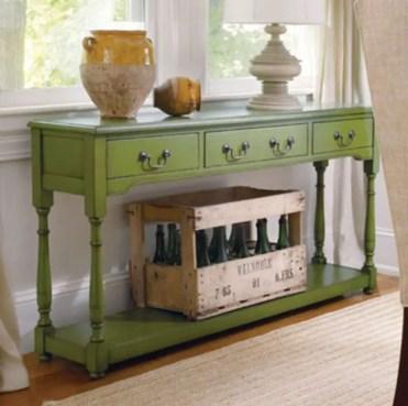 Pretty-green-vintage-entryway-design-sourc-cottagehaveninteriors.com_