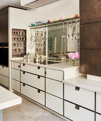 Retro style kitchen Innovative Kitchen Design Ideas That Are All Bang On Trend 2021
