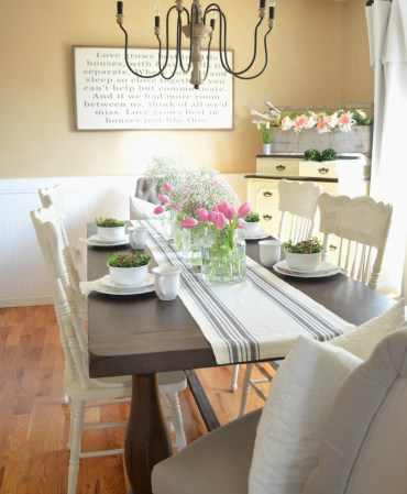 Simple-farmhouse-spring-tablescape-9