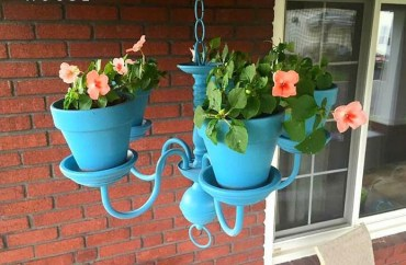 Upcycled-chandelier-flower-pot-decoration