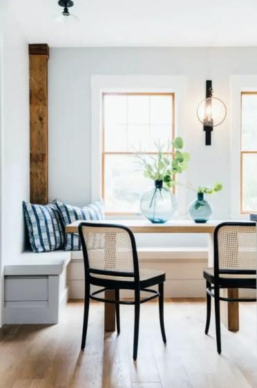 Modern-farmhouse-breakfast-nook-corner-banquette-with-windows-1