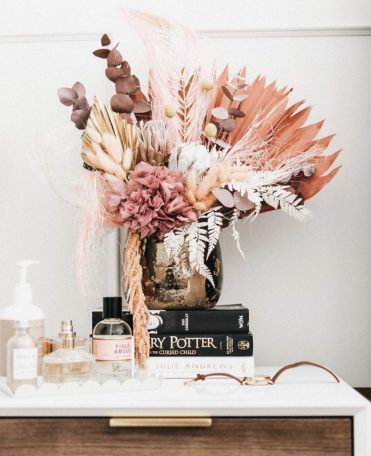 1-dried-floral-arrangment-on-bedside-table-827x1024-1