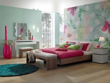 1-pinkandgreenpastelbedroom