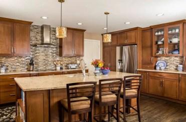 1587677764_745_wood-tones-in-kitchen-design-ideas